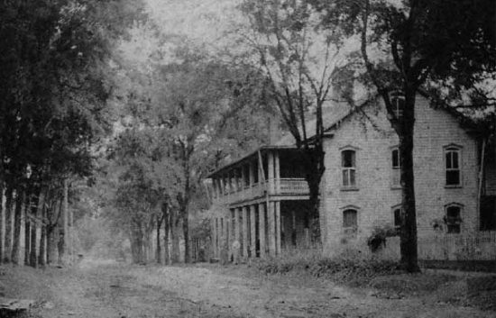 The Colonial Inn 1890 Image Three
