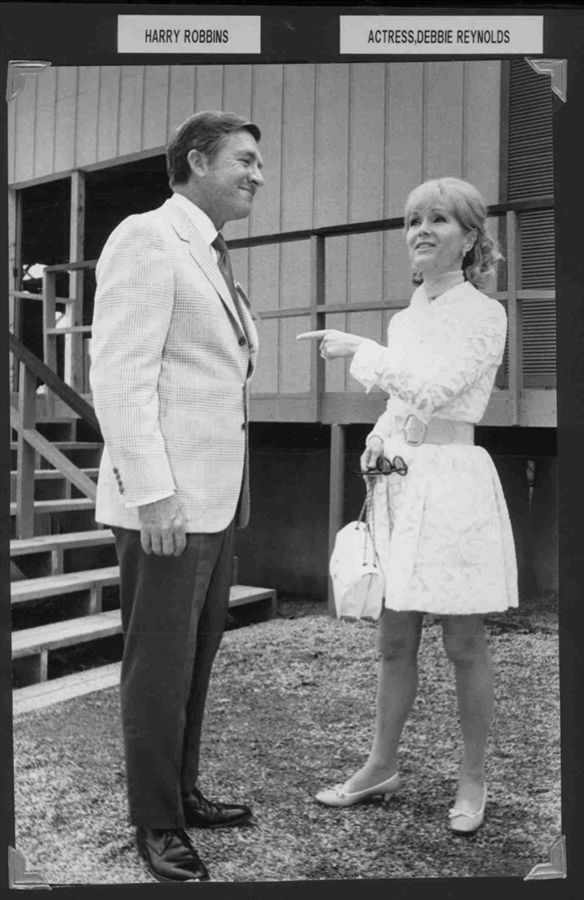 Harry Robbins Debbie Reynolds Image Five